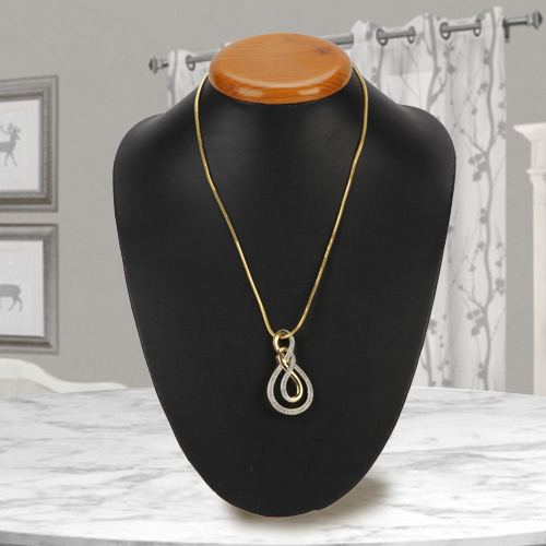Attractive Ayla Double Knot Necklace