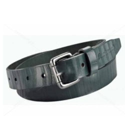 Marvelous Black Gents Belt of Leather from Titan Fastrack