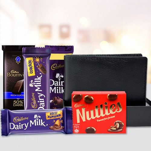 Elegant Mens Leather Wallet with Assorted Cadbury Chocolates