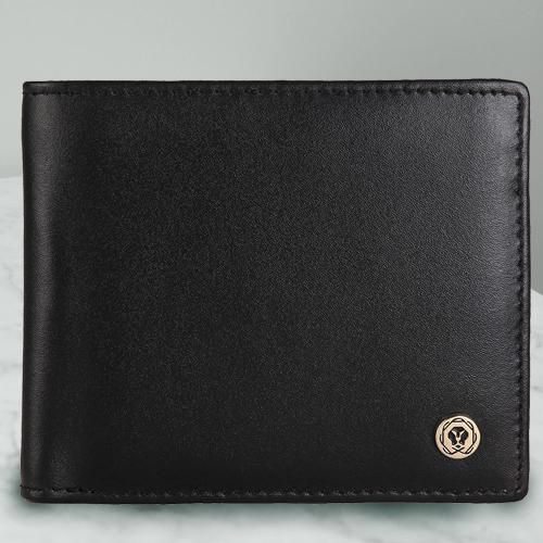 Admirable Black Gents Leather Wallet from Cross
