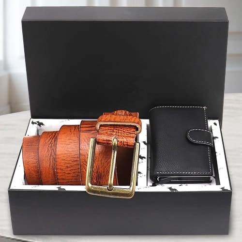 Lovely Hide and Skin Mens Leather Card Holder and Belt<br>