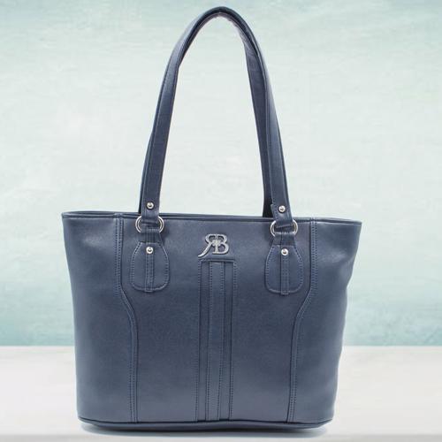 Remarkable Black Color Ladies Leather Vanity Bag
