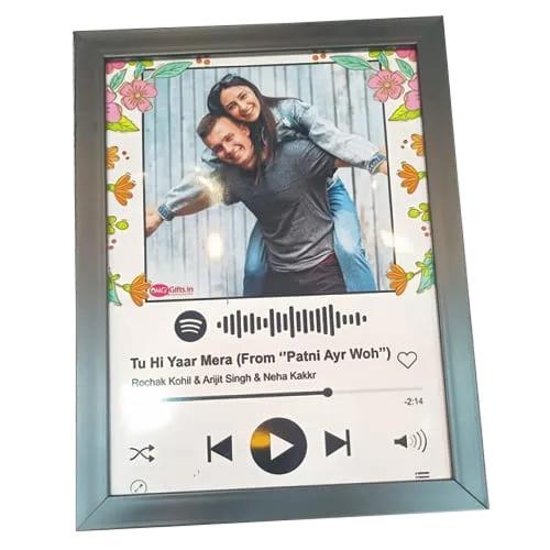 Mesmerizing Personalized Music Photo Frame