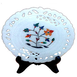 Wonderful marbel designer plates with stand