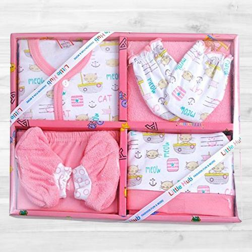 Outstanding Clothing Gift Set for Infants
