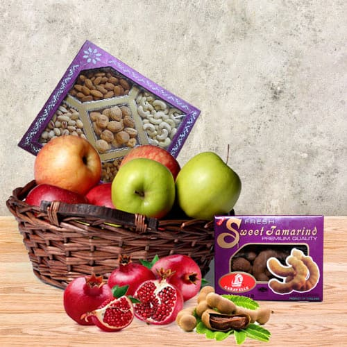 Delicious Fruit N Nut Gift Basket