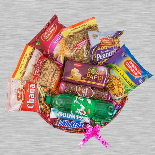 Exquisite Snacks Hamper