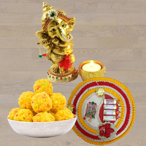 Amazing Ganesha Idol with Boondi Ladoo N Thali<br>