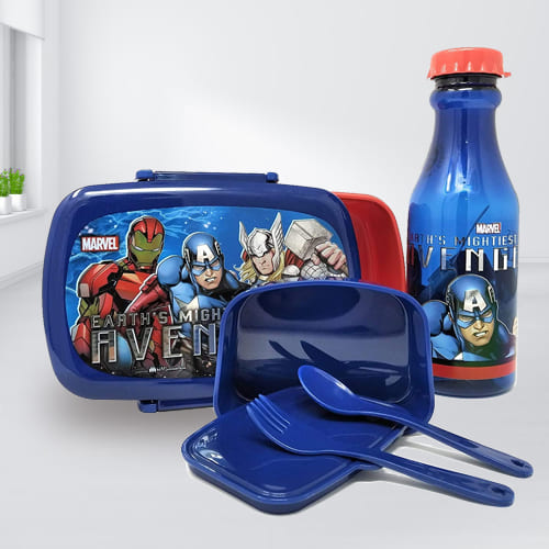 Outstanding Marvel Avengers Tiffin Box n Bottle Combo