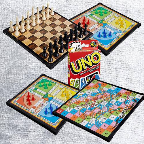 Exclusive 2-in-1 Wooden Board Game with Mattel Uno Card Game