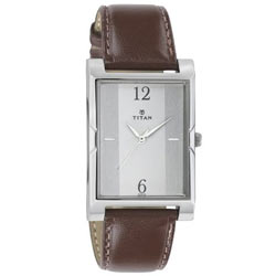 Enticing Lasting Impression Men's Watch from Titan