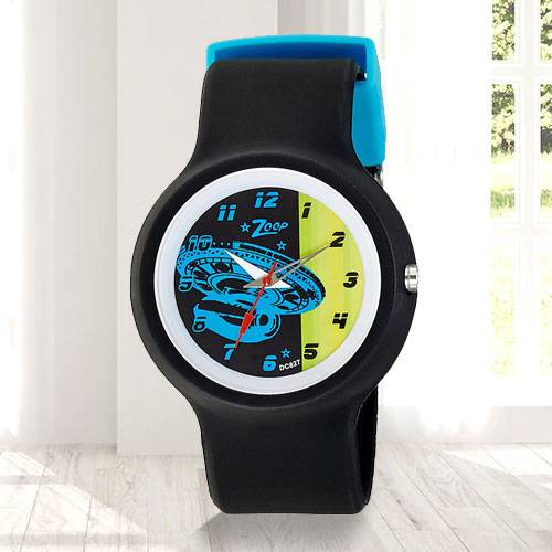 Remarkable Zoop Analog Watch