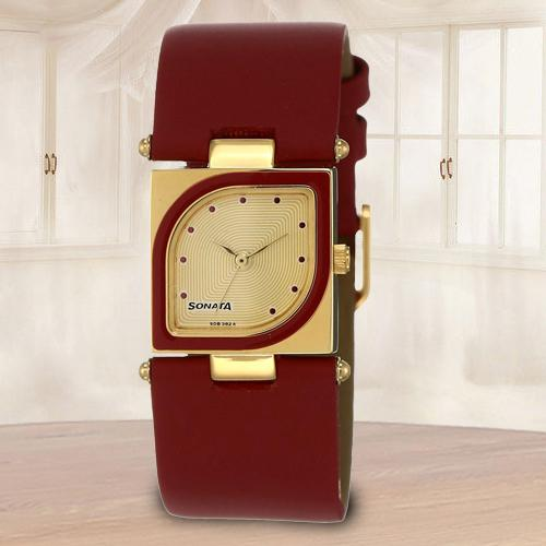 Stunning Sonata Yuva Analog Womens Watch