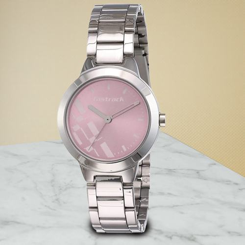 Stunning Fastrack Analog Womens Watch