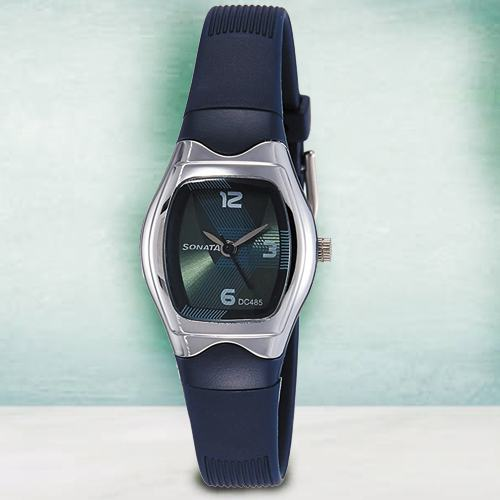 Alluring Sonata Analog Womens Watch