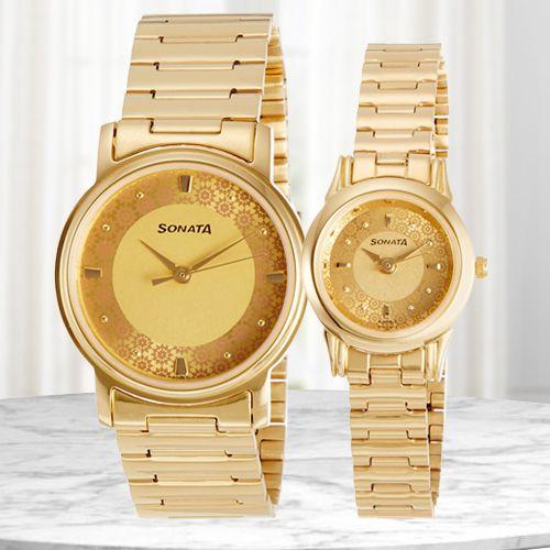 Outstanding Sonata Analog Couple Watch