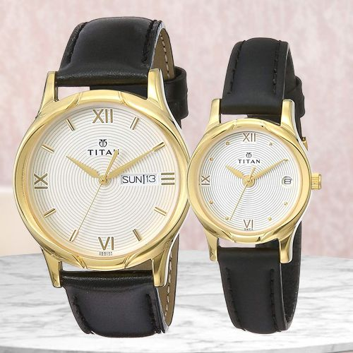 Wonderful Titan Bandhan Analog Couple Watch