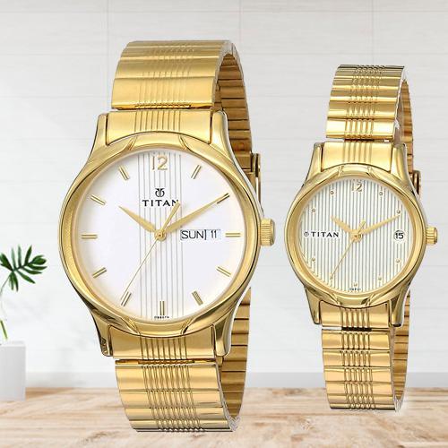Mesmerizing Titan Bandhan Analog Champagne Dial Couple Watch