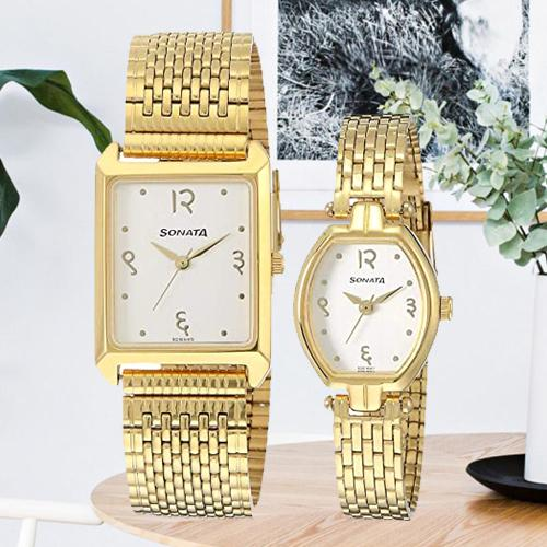 Beautiful Analog Gold Dial Couple Watch from Sonata