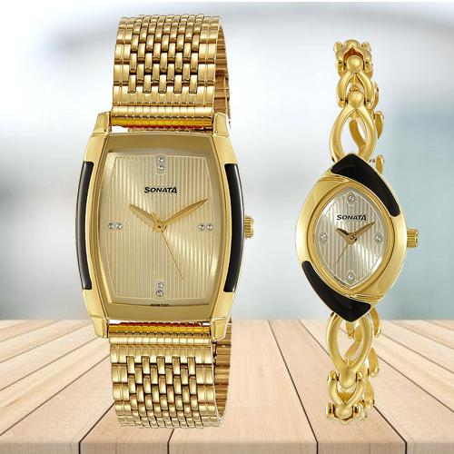 Beautiful Sonata Analog Gold Dial Pair Watch